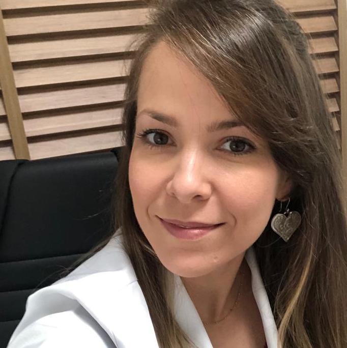 Aline Carboni Casado