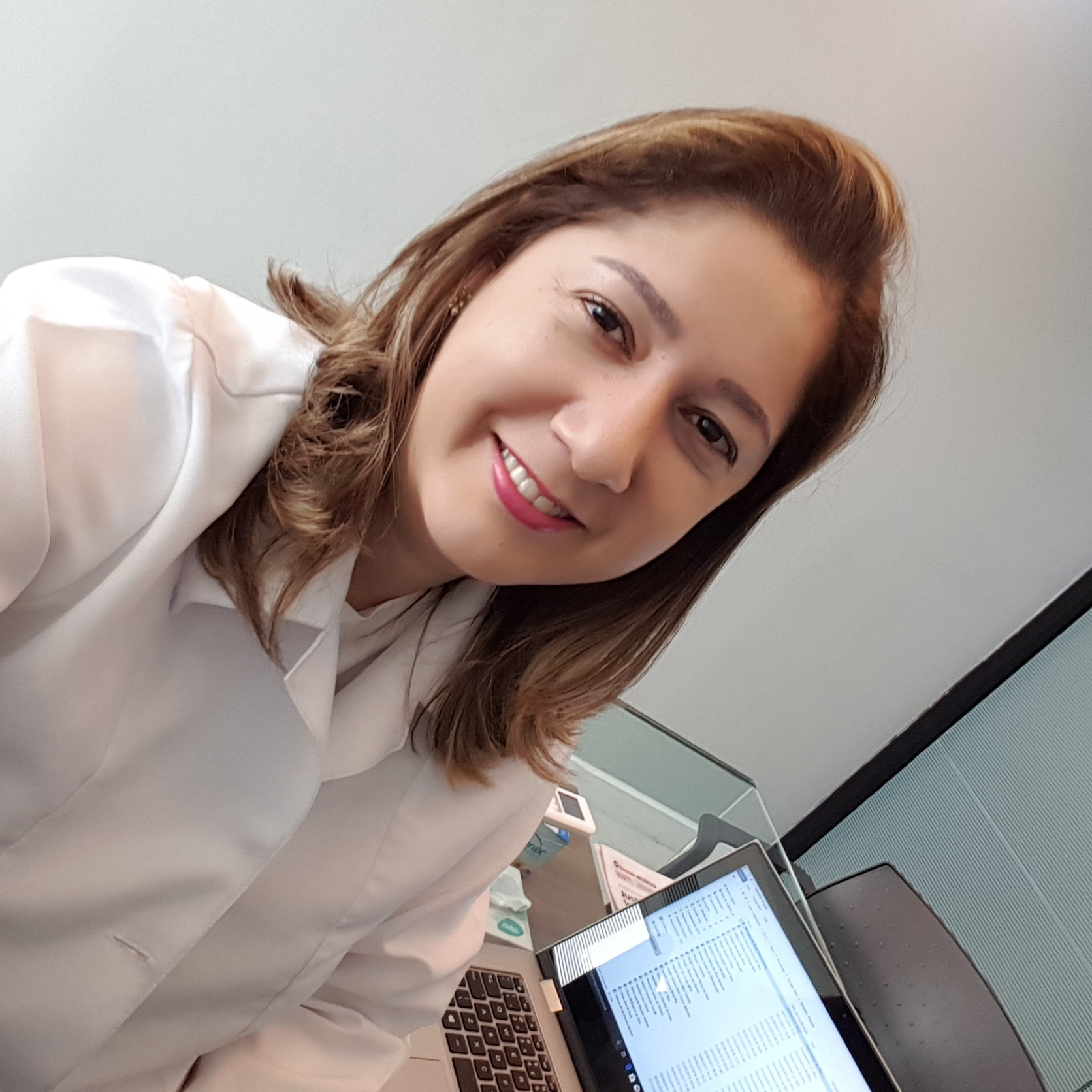 Ana Cláudia Gonçalves