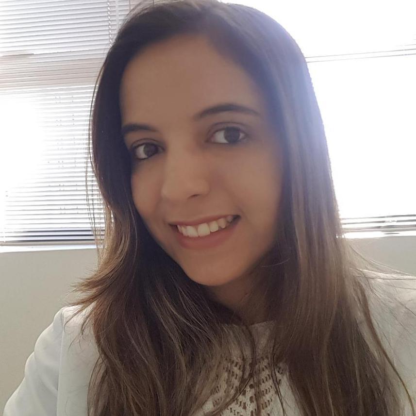 Cíntia Barros de Queiroz