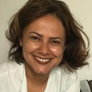 Claudia Caciquinho Vieira de Souza