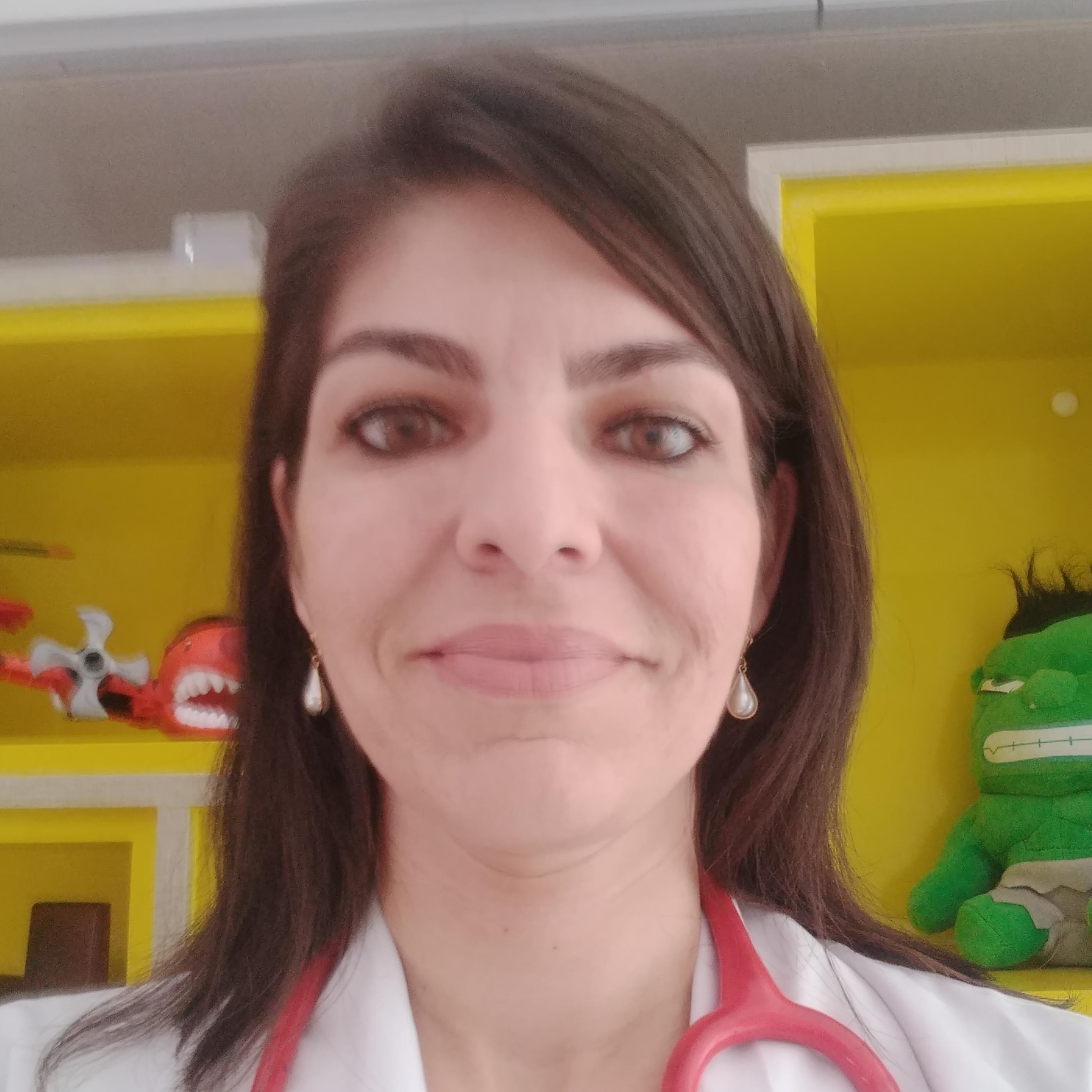 Érica Virgínia Batista Pereira Freire de Mello