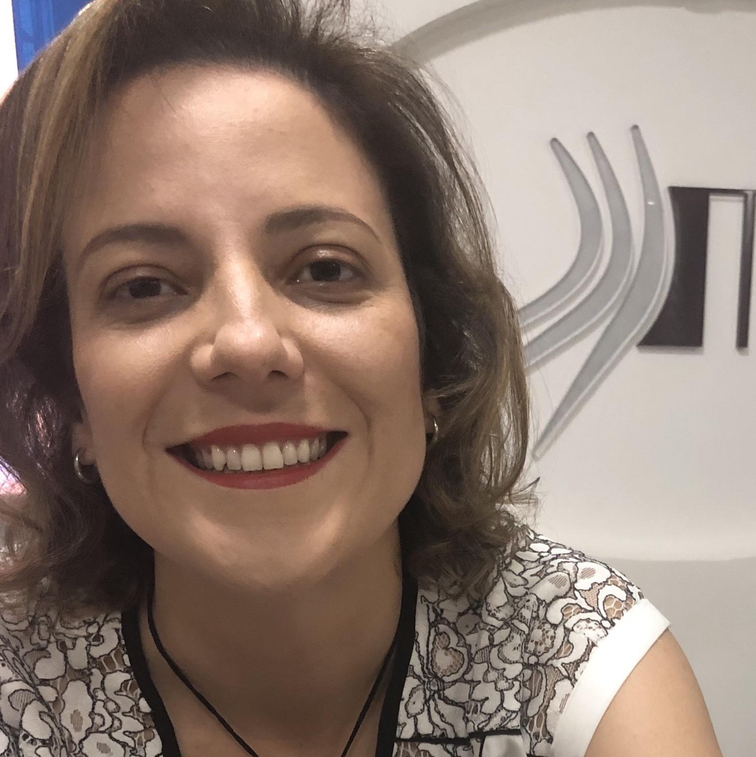 Karinne Tavares Borges