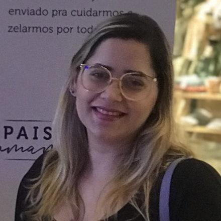 Karolina Araújo de Carvalho