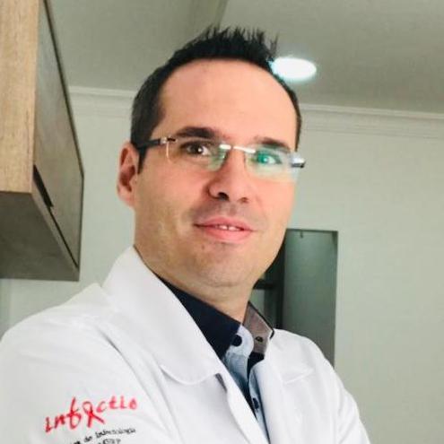 Leandro Luis de Souza Viganó
