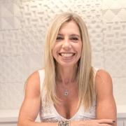 Mônica Prado de Andrade Young