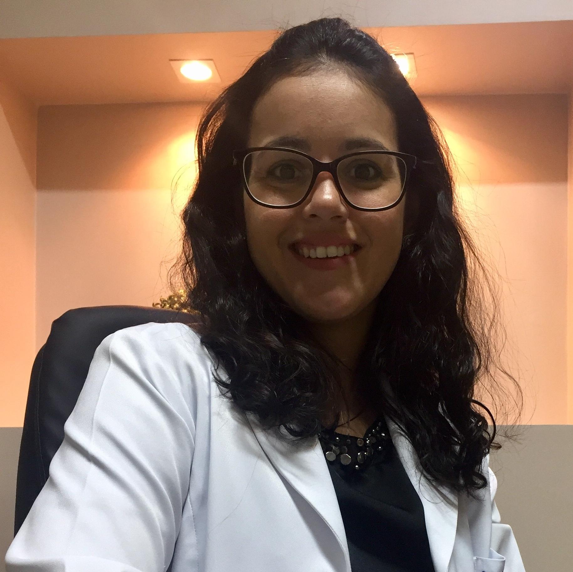 Dra  Nathalia Homsi Tessarolo Cação , Dermatologista em