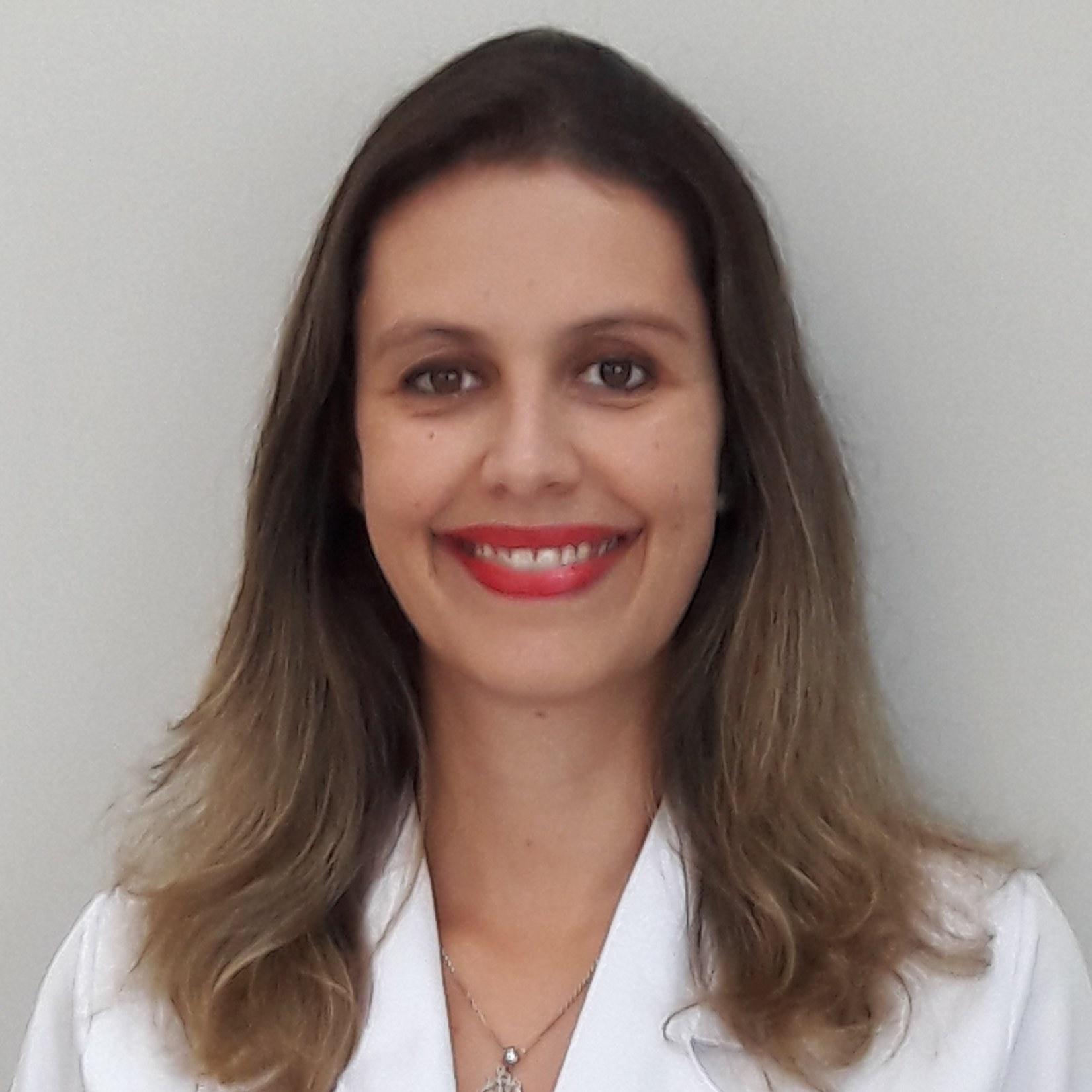 Flávia Nicoliello Leite